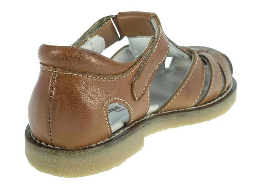 brown summer sandals for boys by Beppi